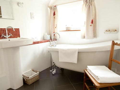 Accommodation - High Coppice Bathroom